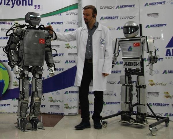 Yerli İnsansı Robot AKINCI-2